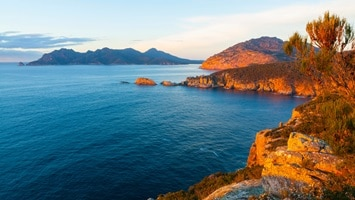 Scenic coastal view of Freycinet National Park, Cape Tourville, Tasmania