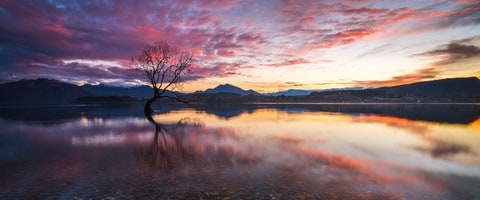 Sunset across Lake Wanaka, New Zealand